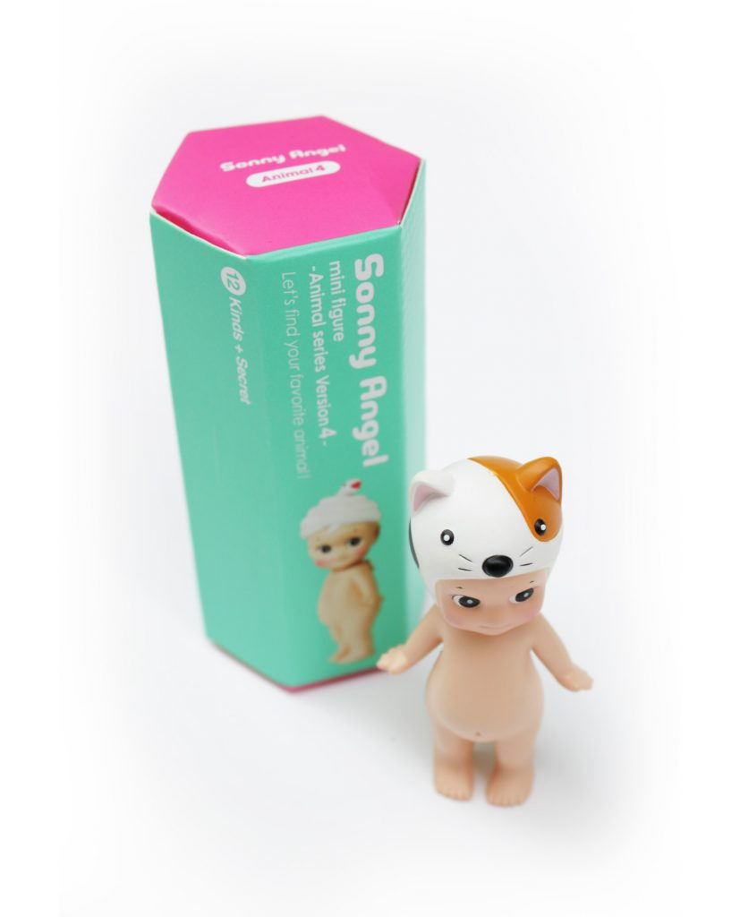 Los Sonny Angels son Cupidos que alegran la existencia!! En esta cajita sorpresa encontrarás uno de los 12 modelos diferentes de la colección animales 4 !