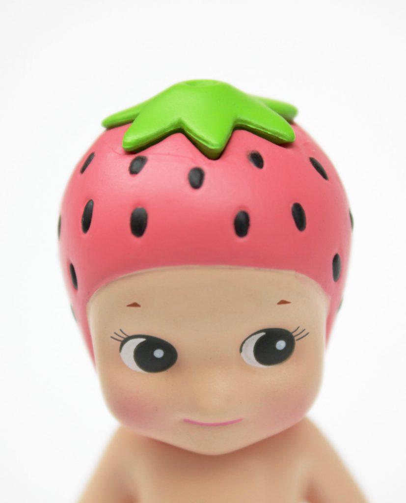 Los Sonny Angels son Cupidos que alegran la existencia!! En esta cajita sorpresa encontrarás uno de los 12 modelos diferentes de la colección frutas!