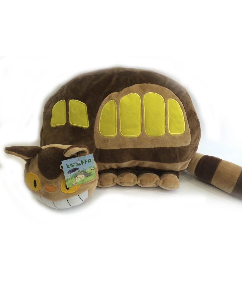 Completa tu colección de totoro con el peluche de Gato Bus! Es super achuchable y quiere irse contigo a casa!